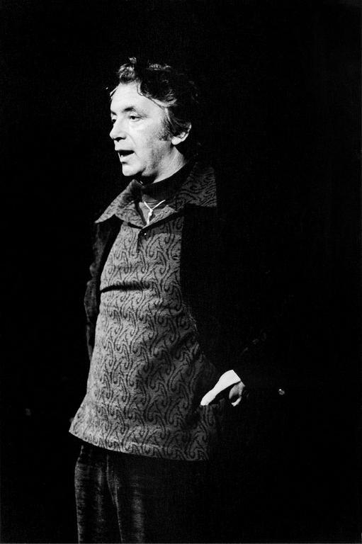 Osvaldo Dragún e o teatro latino-americano